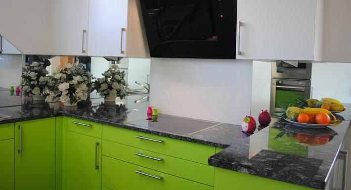 aktuelle ausstellung schwegler k chenbau gmbh merenschwand k che. Black Bedroom Furniture Sets. Home Design Ideas